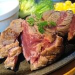 Shiroganekohiten - ステーキのアップ
