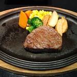 ステーキハウス ビーフオークマ - 国産牛フィレステーキ120g