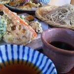 蕎麦と雑穀料理 杜々 - 八王子野菜の天せいろ