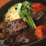 ビストロ ウシベンケイ - 牛ほほ肉のワイン煮