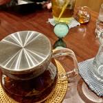 蜜香屋 バタータス - 蜜香紅茶のホットは、ティーポットでたっぷりあります★