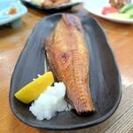 百味 - 料理写真:ほっけ塩焼き¥650