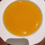 143685809 - 「カボチャの温かいスープ」