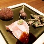 宮崎風土 くわんね - ⚫季節の前菜 里芋のとさ和え、いんげんの胡麻和え、むかご芋、地鶏のたたき