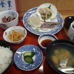 大洋食堂 - 刺身3品の定食