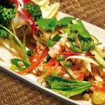 サバイクラパオ - 旬☆夏の人気もの!焼きナスのサラダ(ヤムマクア)850円