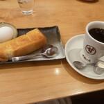 コメダ和喫茶 おかげ庵 - 料理写真:ブレンドとトーストセット