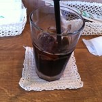 ストレイシープ - ドリンク写真:アイスコーヒー(350円)