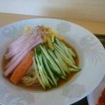 生香楼 - 冷麺と炒飯セット(冷麺アップ)