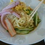生香楼 - 冷麺と炒飯セット(冷麺の麺はこんな感じ)