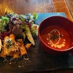 マケイヌノトオボエ - サラダ、ショートパスタ、スープ