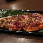 焼肉元太 - 絶品骨付きカルビ(1,420円)