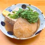おでん庄助 - 豆腐100円別、春菊100円別、大根150円別