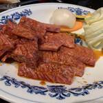 利花苑 - ランチカルビにお肉増量で角切りカルビも!