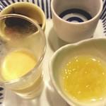 方舟 酒月 - お通し。酢の物など
