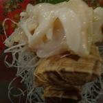魚炉助 - つぶ貝刺身600円