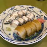 徐福寿司 - さんま姿寿司と昆布巻きセット(1130円)