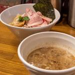馳走麺 狸穴 - 濃厚煮干つけ麺