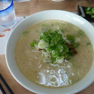 あら木里山の麺処と和布あそび - 料理写真:ラーメンです
