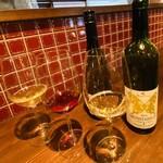 島之内フジマル醸造所 - ワイン3種飲み比べ(。 ・`ω・´) キラン☆