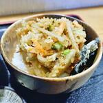 手打ちそば天ぷら 那央人 - 牡蠣と野菜のかき揚げ天丼