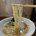 中華そば カリフォルニア - 麺