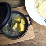 HAGI CAFE  - 塩レモン煮込み