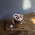 HAGI CAFE  - 甘酒と黒蜜ののコーヒー