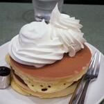 梅香堂 - ・「ダブルクリームホットケーキ?(¥650)」