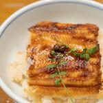 釜飯と串焼き 麻鳥 - 穴子の釜めし