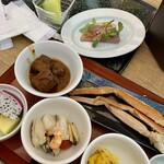 秋保グランドホテル - 料理写真:まずは蟹だ!