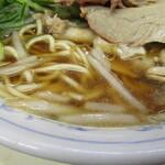たかばしラーメン - 麺とスープ