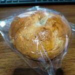 東急ストア - 紅茶とリンゴのパン