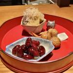 Kotaro - 祝い酒肴:くわい 子持ち昆布 枝豆