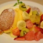 幸せのパンケーキ - 季節のフレッシュフルーツパンケーキ2