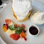 Butter - スフレタワー 1380円