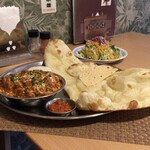 ナンカリー - 料理写真:日替りランチ。カレーはカトゥマンドゥジャーナジリチキンマサラに変更