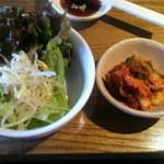 14382312 - キムチとナムル(野菜サラダに変更可能)
