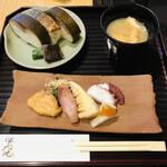 143824779 - 鯖寿司セット