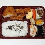 肉の森田屋 - 料理写真:とんかつ弁当(734円)