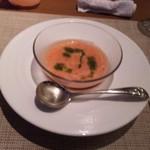 14383623 - トマトとジュンサイの冷製スープ。喉ごしはなめらか、夏にピッタリの爽やかなスープでした。