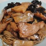 上海軒 - 肉いっぱいのイタメそば(800円)