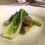 レストランパフューム - スズキと牡蠣のソテー