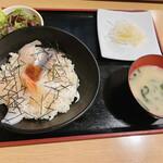 143849309 - 海鮮丼