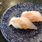 廻鮮寿司処 タフ - 霜降り天然真鯛