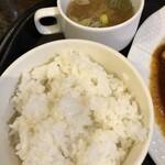 おきらく食堂 - 味噌汁にライス