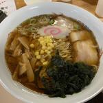 フレンド - 料理写真:正油らーめん大盛 ¥540