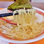 特製炙りラーメン ほてい家 - 麺は札幌の西山製麺です