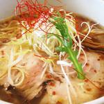 京都塩元帥  - 天然塩ラーメン