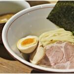 饗膳麺 昌㐂 - 芳醇魚介鶏白湯つけめん 880円